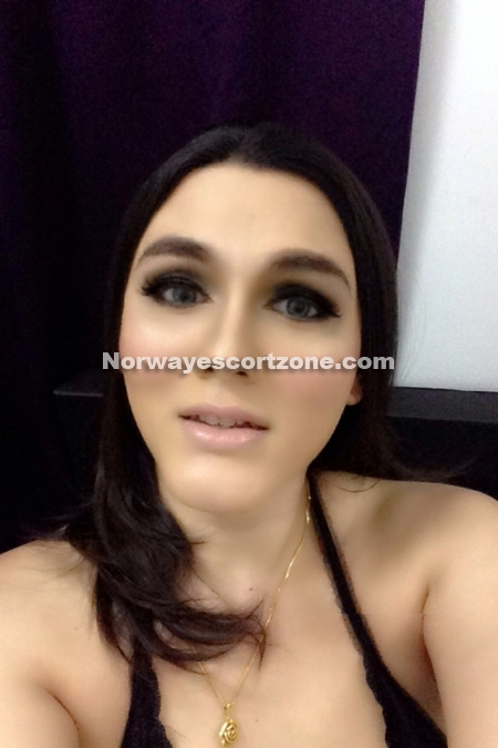 Transsexual Isabella